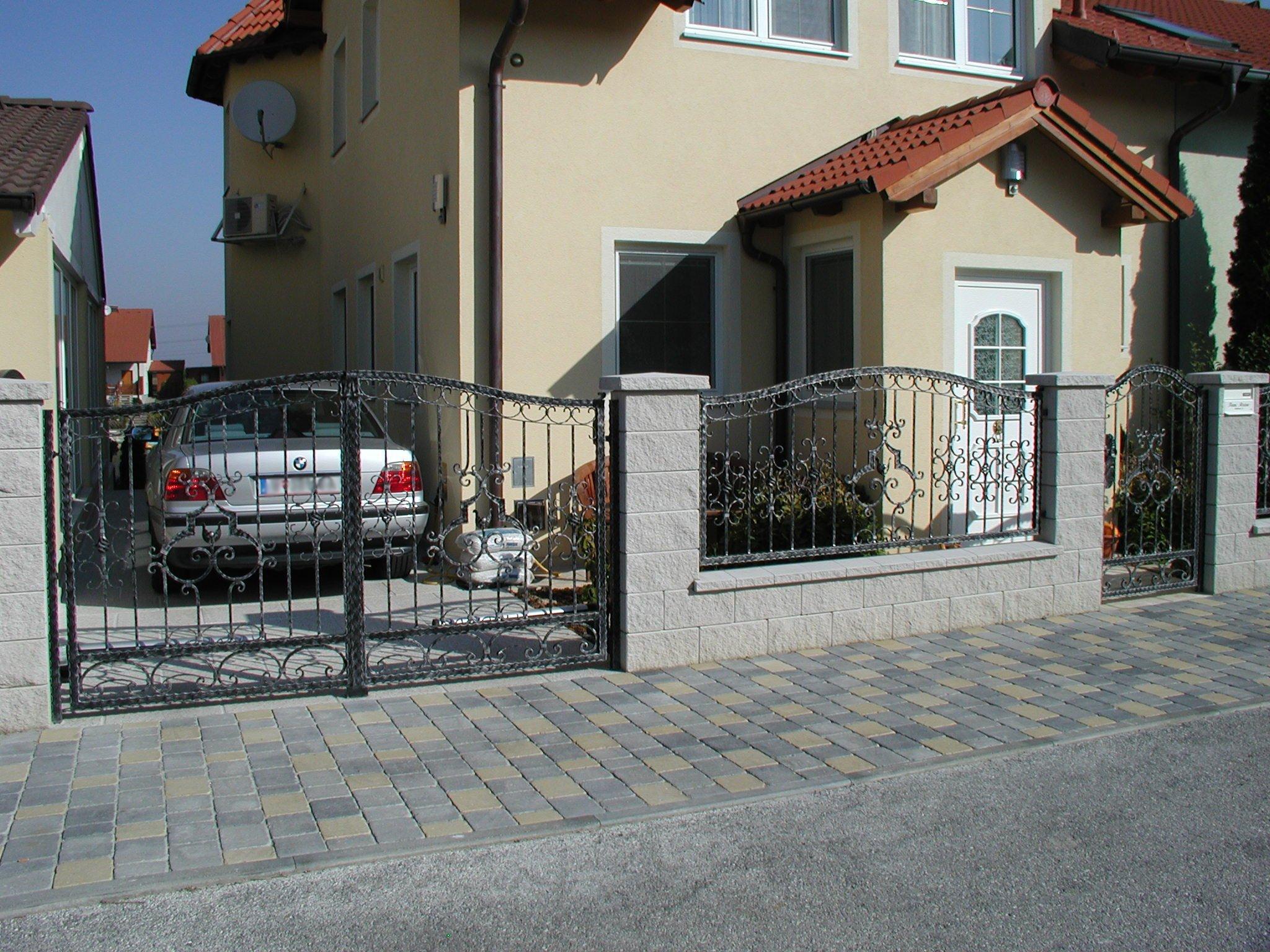 Zaun Stahl Riel Metallbau